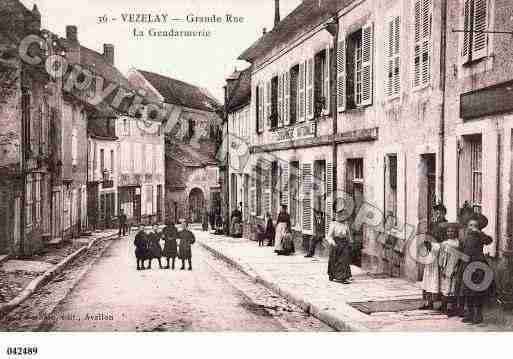 Ville de VEZELAY, carte postale ancienne