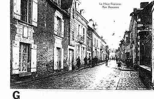 Ville de DESCARTES Carte postale ancienne