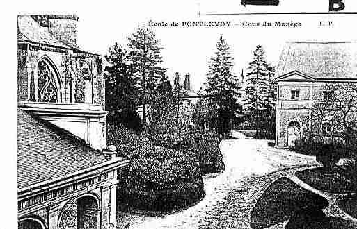Ville de PONTLEVOY Carte postale ancienne
