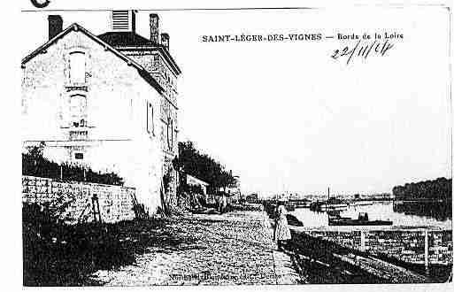 Ville de SAINTLEGERDESVIGNES Carte postale ancienne