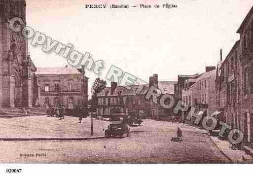 Ville de PERCY, carte postale ancienne