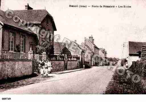 Ville de DANCE, carte postale ancienne