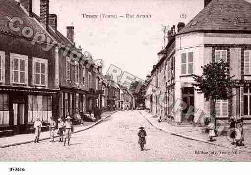 Ville de TOUCY, carte postale ancienne