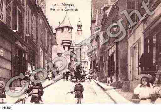 Ville de NEVERS, carte postale ancienne