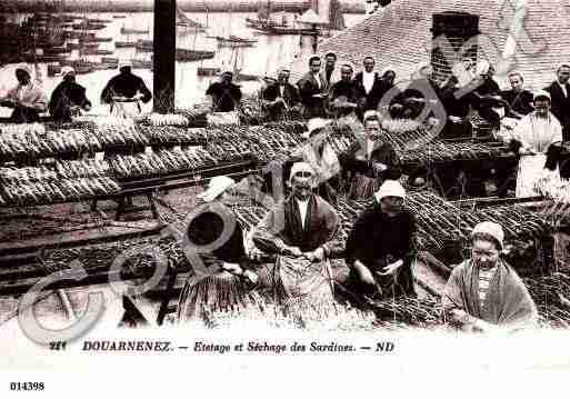 Villes et villages en cartes postales anciennes .. - Page 3 Photos-carte-douarnenez-finistere-PH002565-A