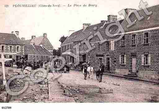 Ville de PLOUMILLIAU, carte postale ancienne